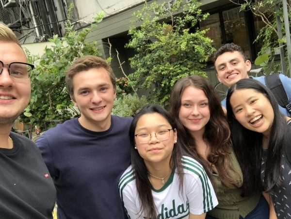 Meet friends from all over the world in Chengdu