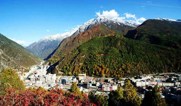 Travel Sichuan - Kangding isn't too far from Chengdu